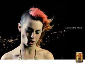 Quảng cáo sáng tạo: Red Bull - A kick in the head