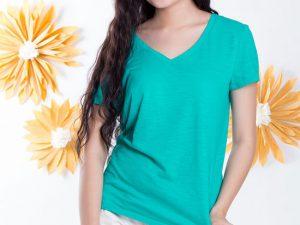 Trẻ trung với áo thun nữ trơn, cổ tim: Aothungiare.com