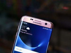 Samsung Galaxy S7 Edge màu hồng chính hãng vừa bán ở Việt Nam